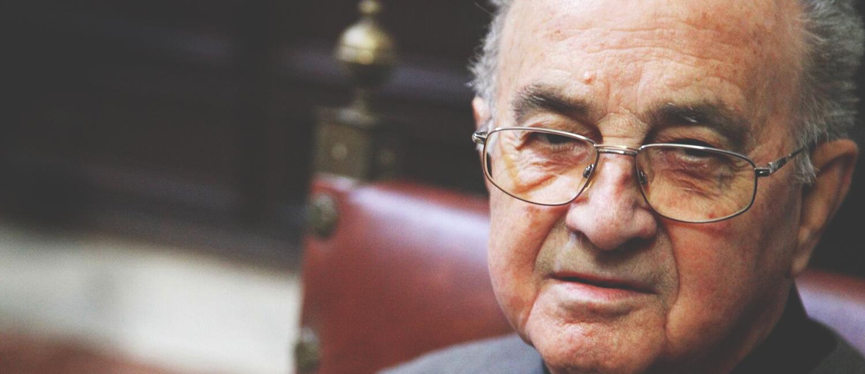 Sesión necrológica en recuerdo de Ángel Romero Castellano