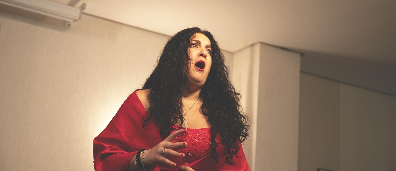 Memorable concierto de Máriam Guerra en honor a los benefactores de la Academia